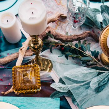 Prepare for your tarot party.